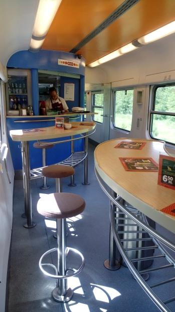 קרון המסעדה ברכבת