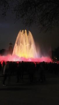מופע המזרקות בכיכר אספניה