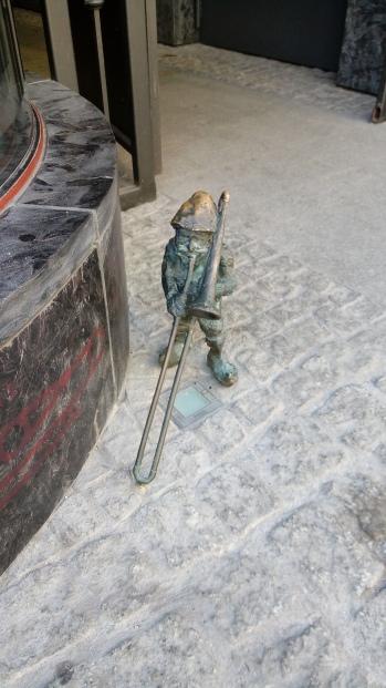 גמדים בעיר העתיקה